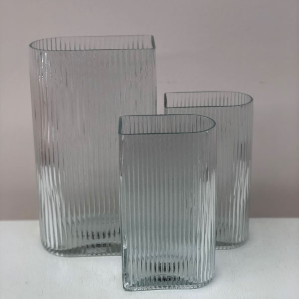 linear-vases
