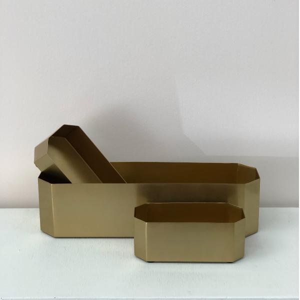 Gold-Rectangle-Vase