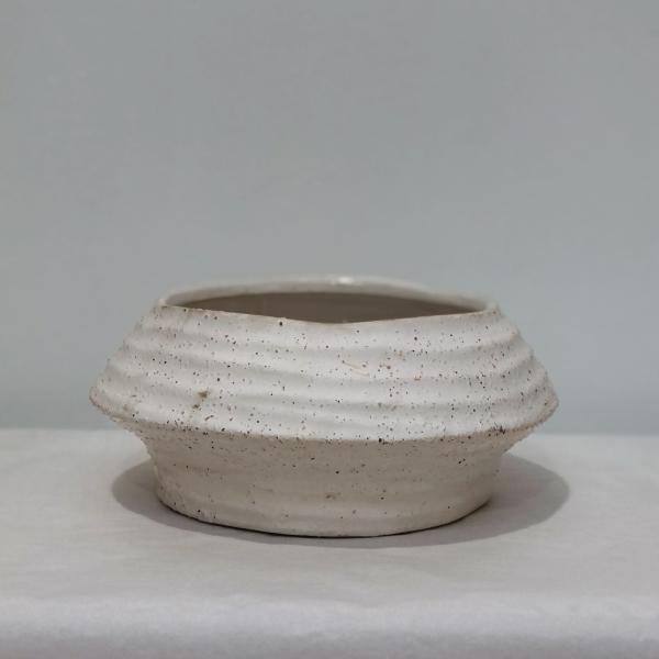 White-Speckled-Pot